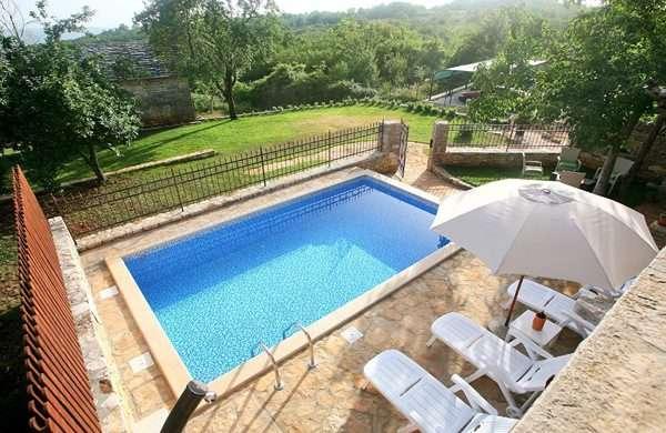 Steinhaus Luxus Villa MARIA mit Schwimmbad, Meer 15km ...